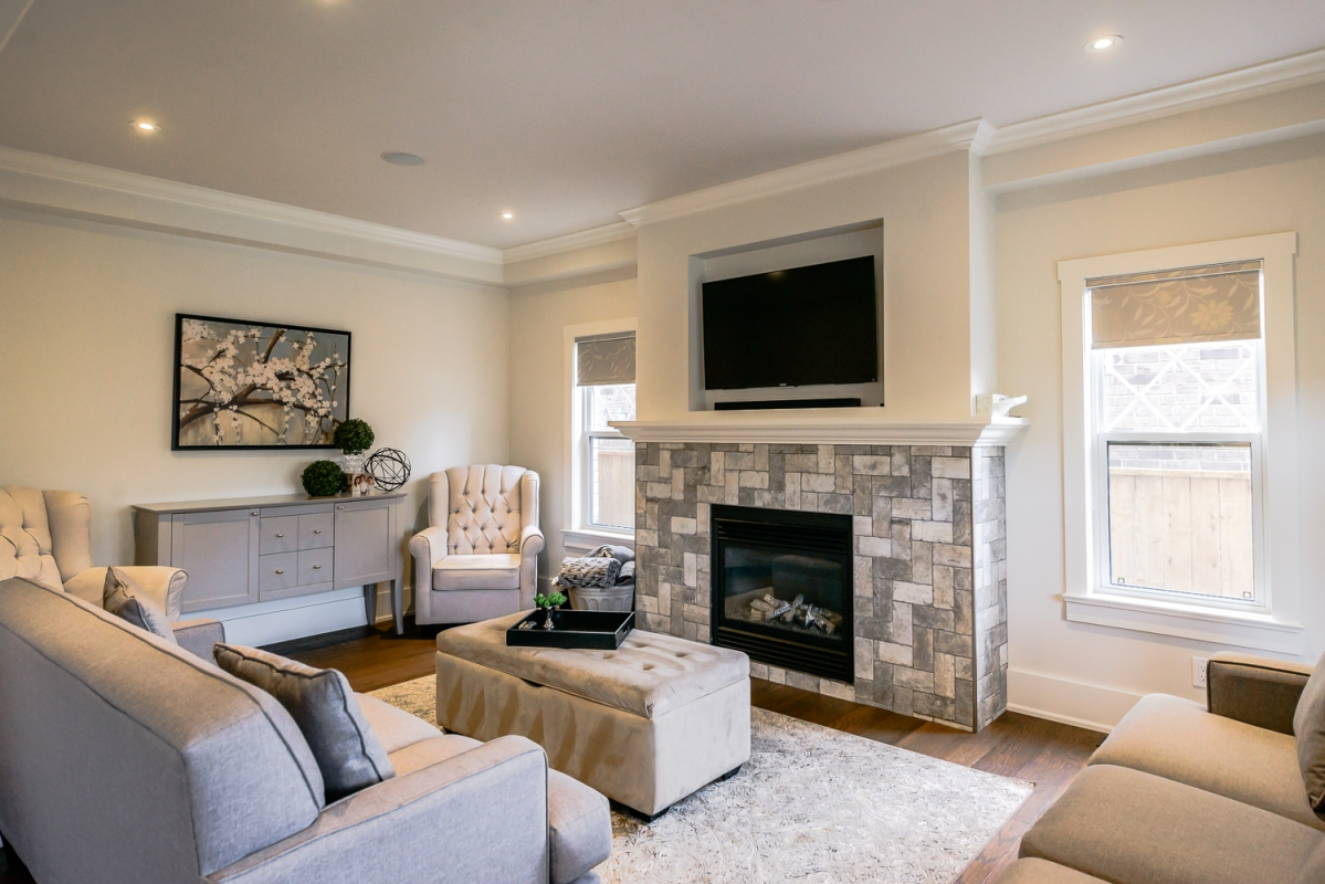 ... Designs by Santy :: Euro Home Living room with built-in tv shelf ...