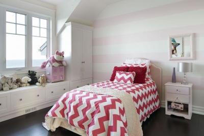 Designs by Santy :: Lakeside Retreat Bedroom with half-grid windows