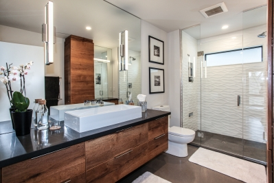 Designs by Santy :: Bridge House Ensuite with walk-in shower